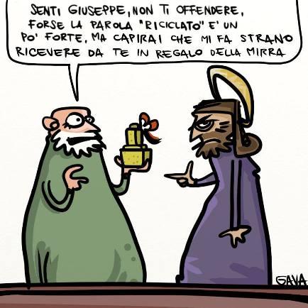 Riciclare Regali Di Natale.Il Riciclo Dei Regali Di Natale Egnews Oliovinopeperoncino