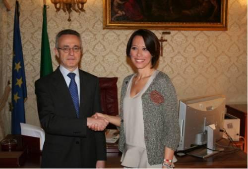 Photo of Il nuovo Ministro delle Politiche Agricole De Girolamo si insedia presso il MPAAF
