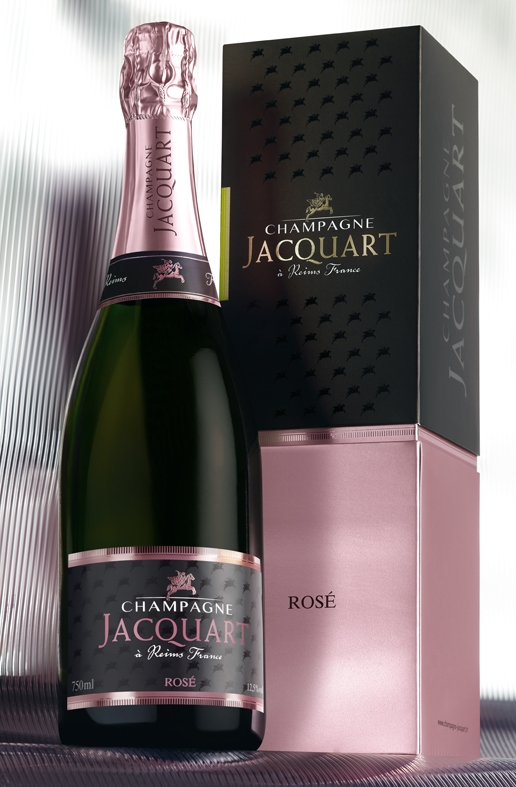 Photo of Un brindisi per la festa della mamma con lo Champagne Jacquart Rosé