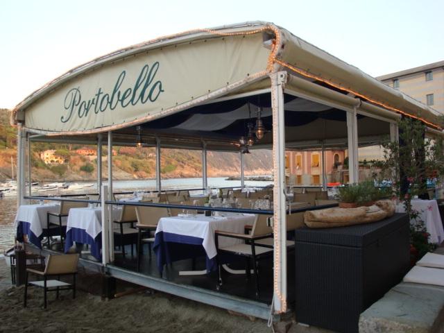 Cena pied dans l'eau? Al Portobello restaurant & beach bar si può!