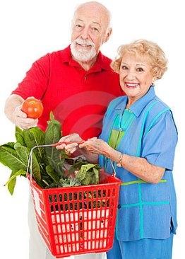 Photo of Fare la spesa rende felici gli anziani