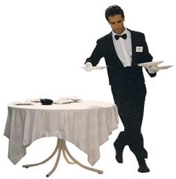 Photo of L'abito fa il monaco, anzi il cameriere