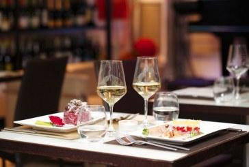 Due promesse dell'enogastronomia italiana si presentano all' Elegance Cafè