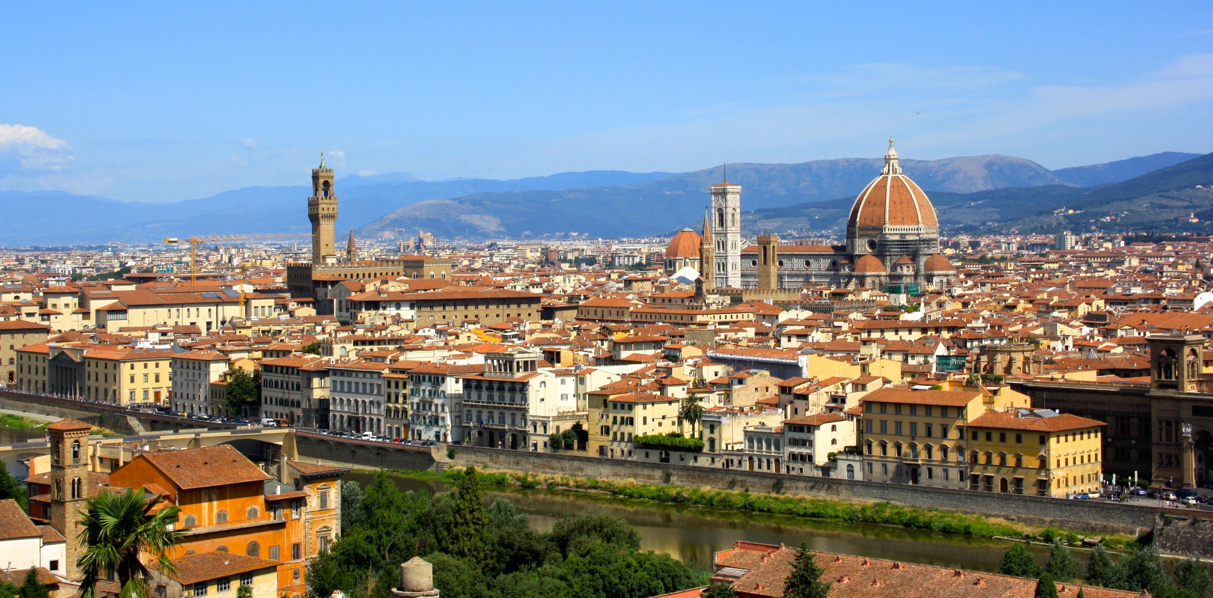 Photo of Piazzale Michelangelo bio e a colori