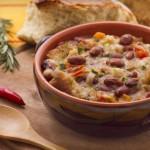 Sera di festa, pranzo di minestra