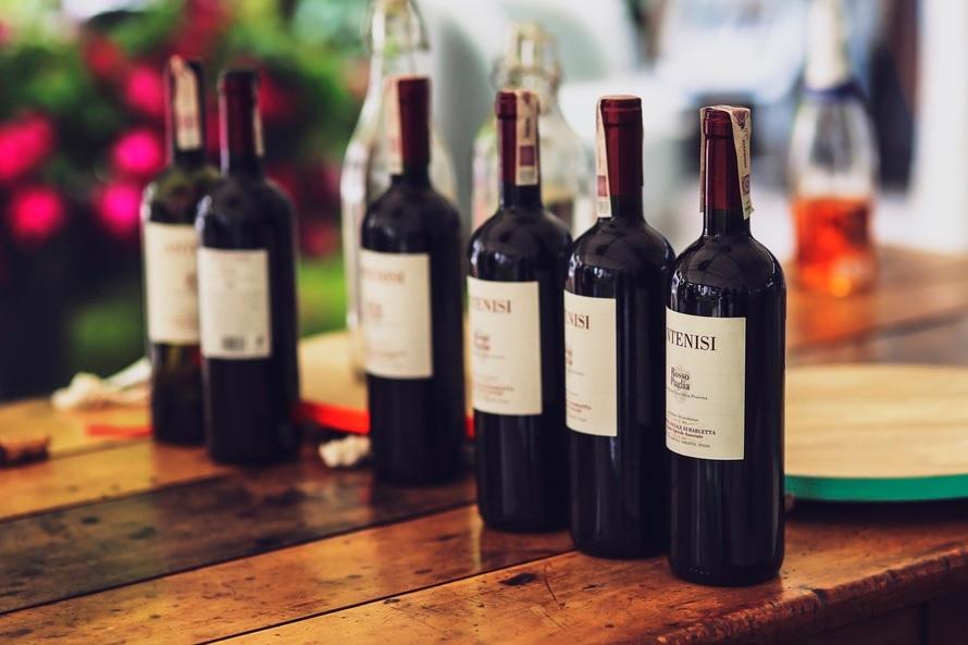Photo of Tariffe per spedire vino con Poste italiane e corriere