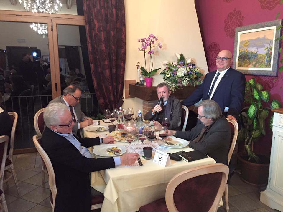 Photo of Torna 5 sfumature di vino