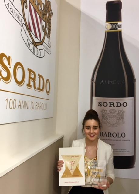 Giovanni Sordo riceve il Premio Mediterraneo Packaging durante il Vinitaly