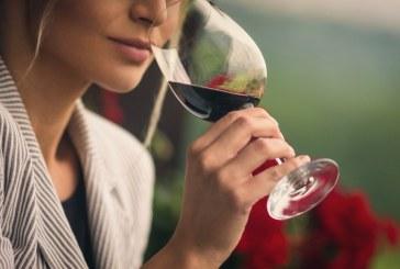 Alle donne piace di più quando il vino è sostenibile e di piccole produzioni