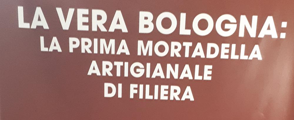 La parola Mortadella richiama immediatamente alla mente Bologna