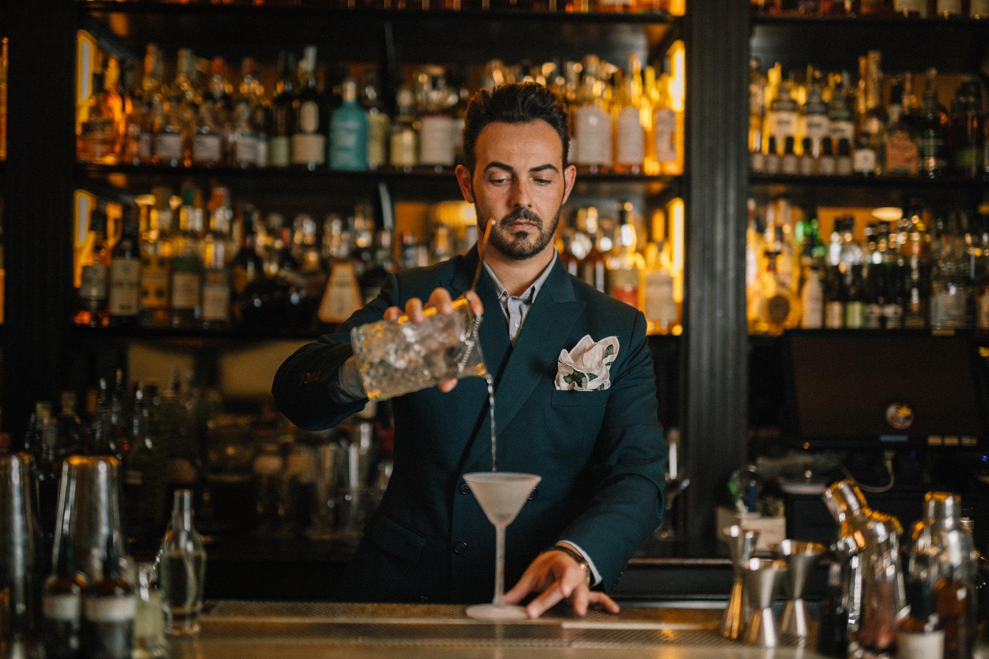 Photo of Baccano celebra il '900 con la nuova drink list del barmanager Mario Farulla