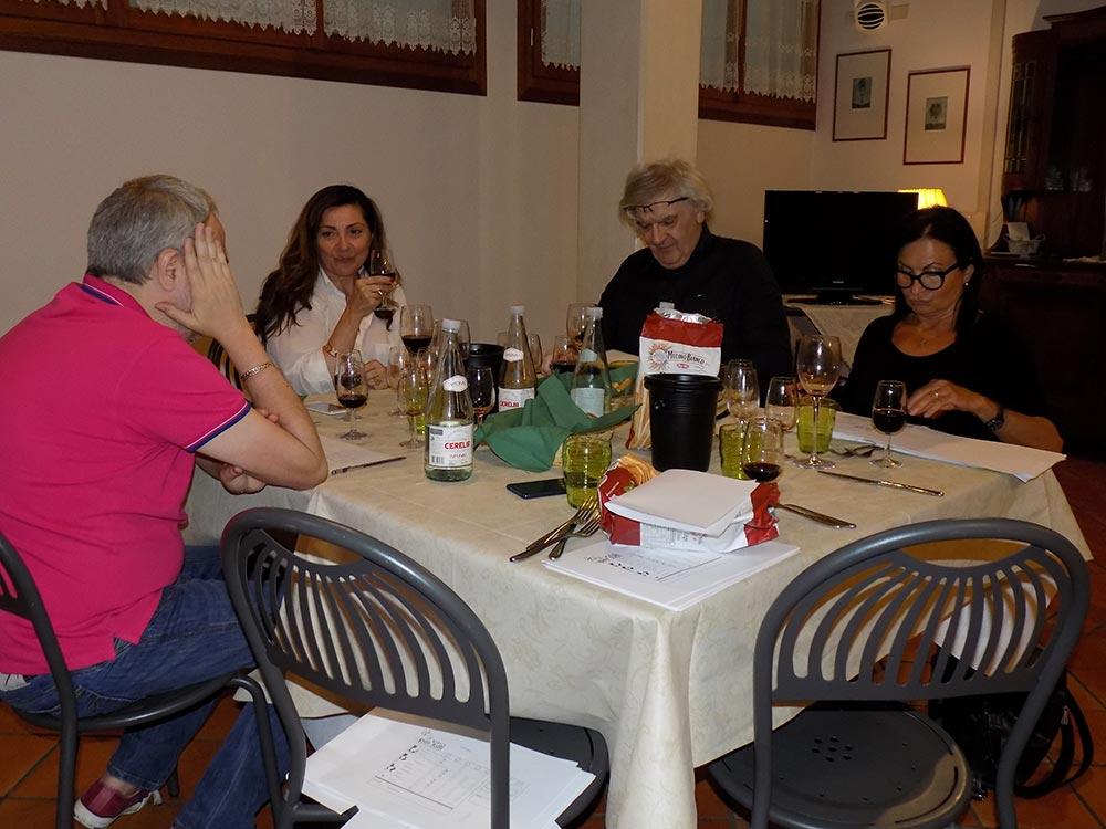 Photo of I giornalisti bolognesi apprezzano il Bursòn anche se non ne parlano