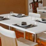 Tovaglia o non tovaglia, minimalismo è la tendenza anche in ristorante