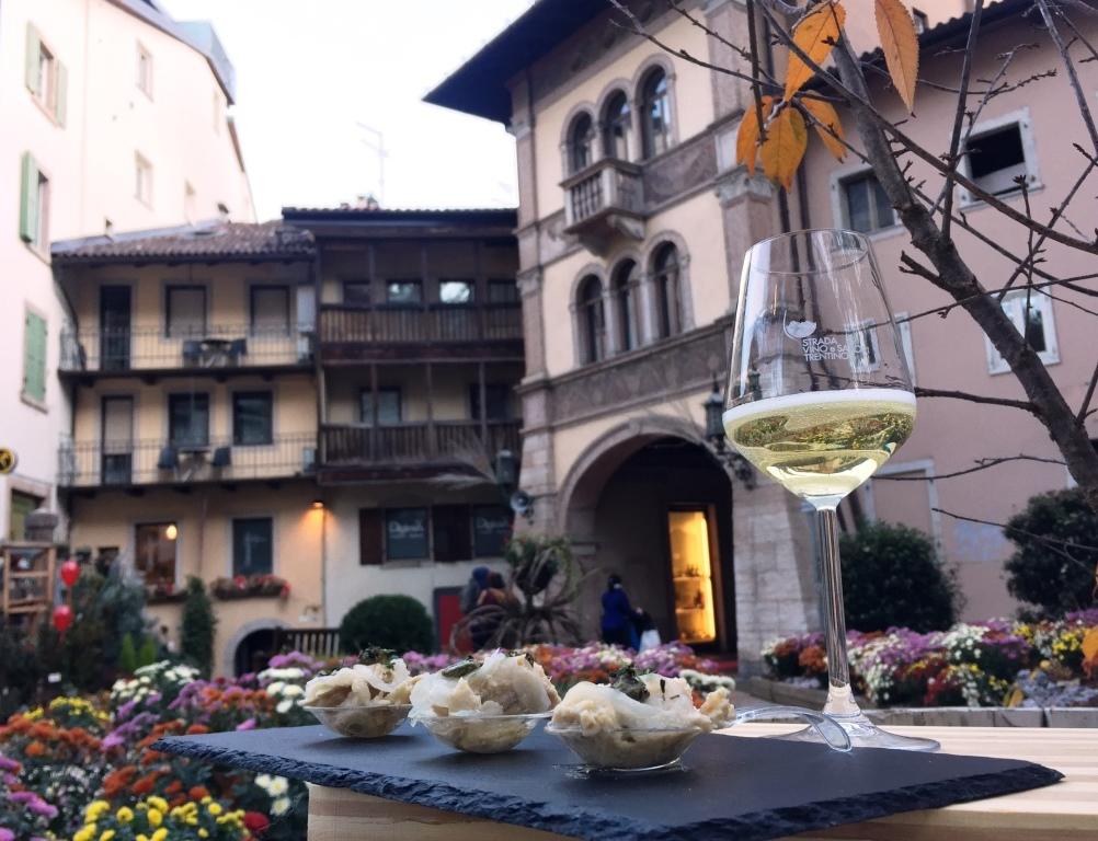 TrentoDoc: bollicine a go-go in 13 ristornti della città di Trento