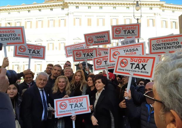 Coca-cola italiana: no sugar tax e sì alle arance
