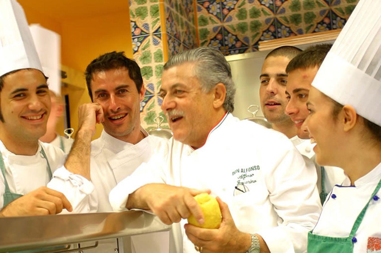 I migliori ristoranti di tutte le guide confermano il Don Alfonso 1890 nell'olimpo