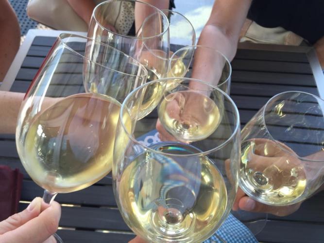 L'astemio non si accosta al vino per non cedere ad un piacere?