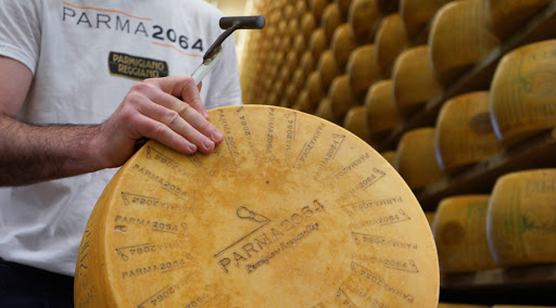 Photo of Parma2064, un Parmigiano Reggiano bio