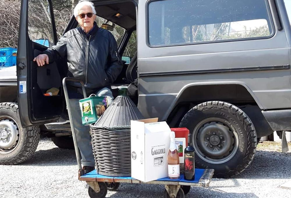 Le cantine e le enoteche bolognesi consegnano a casa
